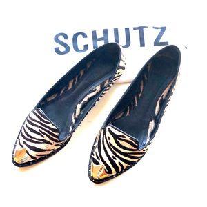 Schutz Gold toe tiger striped Flats size 9.5